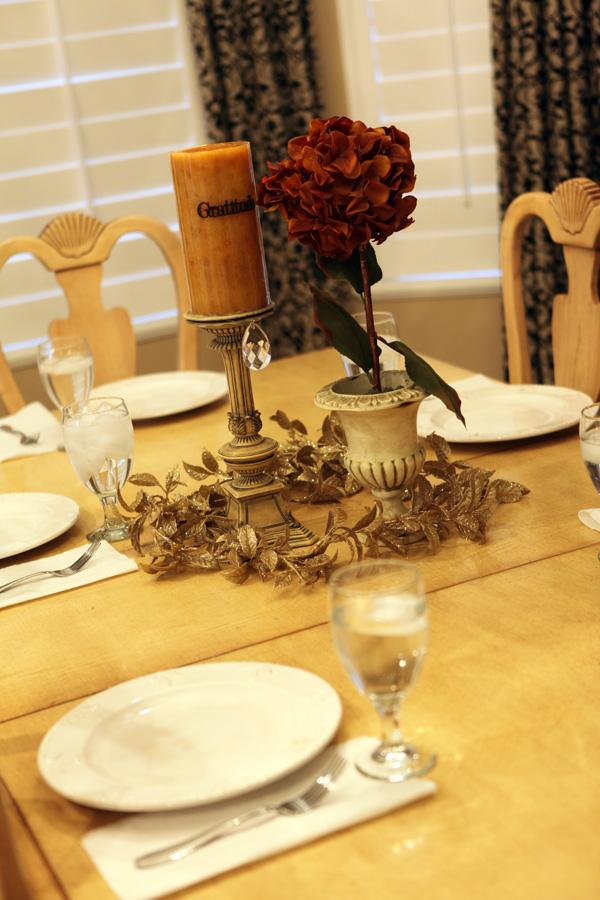 Gratitude table 3