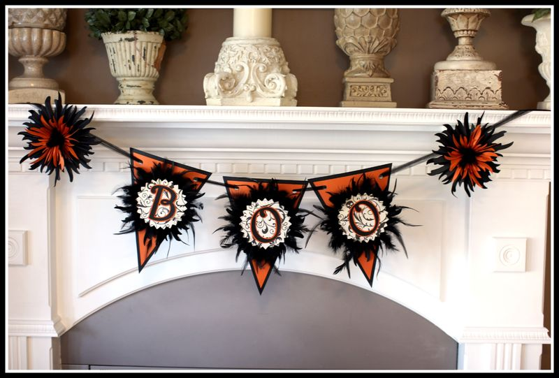Chic N Scary pendant banner
