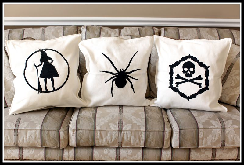 Chic & Scary TC Pillows YUDU