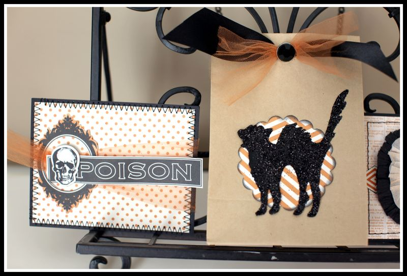 Chic n scary glitter cat gift bag