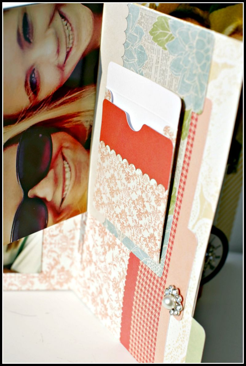 MEMORIES- file folder w garland envelope view 3r