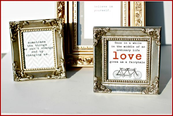 Stationery- FRAMES quotes-gold upclose