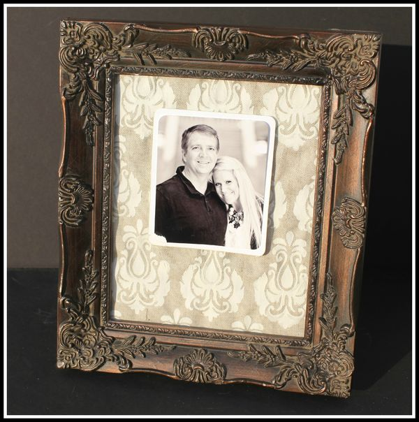DAMASK CANVAS FRAME