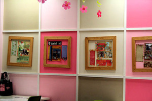 Pinkpineapple_walls