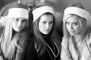 Santa_girls