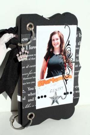 Spartonian_mini_book_cover_freckle_