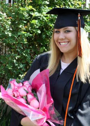 Taylors_graduation_pink_roses